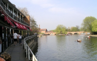 A view of the River Avon from the Royal Shakespeare Theatre | Image by Snowmanradio